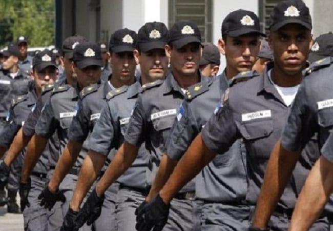 O que motiva as pessoas a serem policiais